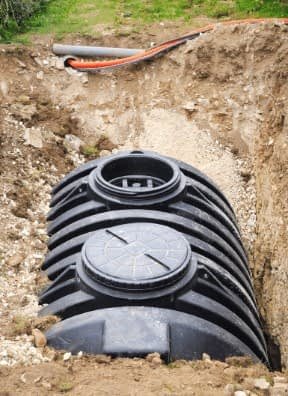 emergency septic services, septic tank